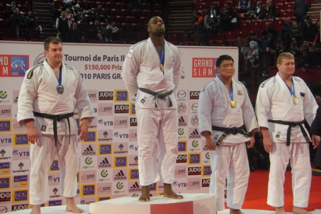 Riner wins the triple in Paris