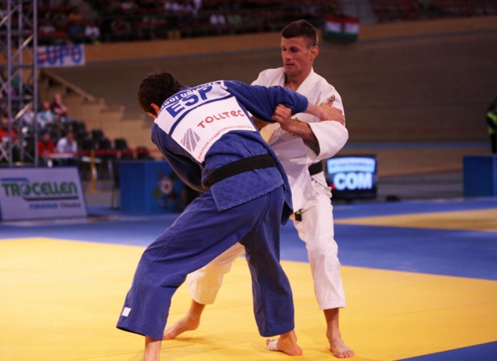Sugoi Uriarte collects European title in paper dream final