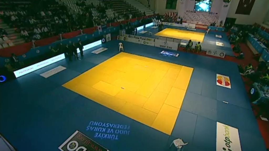 Korea and Russia to take World team bronze