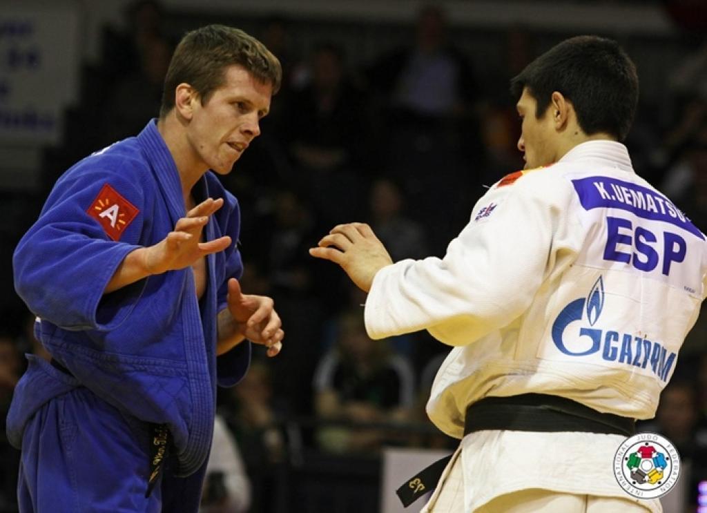 Van Tichelt takes only European gold in Düsseldorf