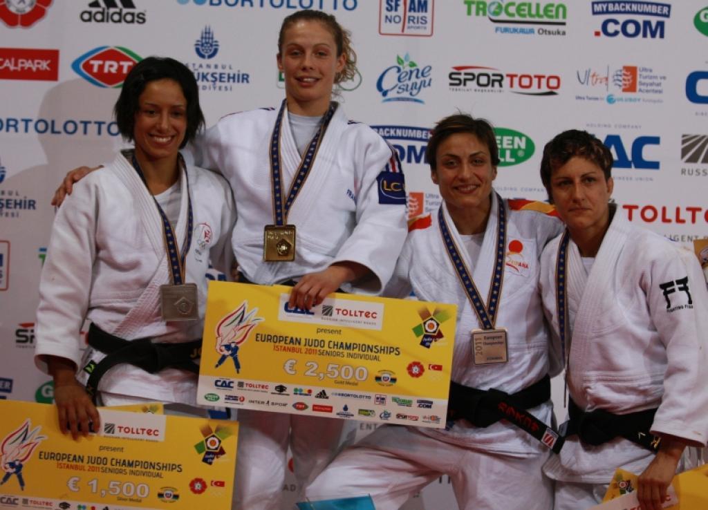 Penelope Bonna turns bronze into gold