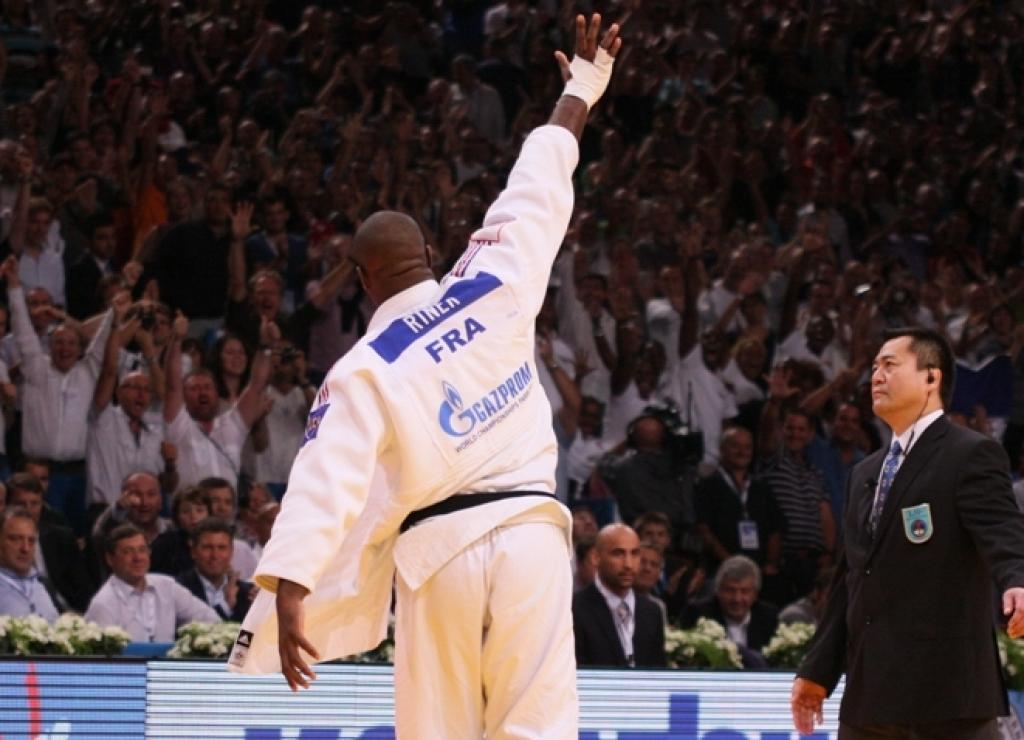 Europe back in business after 6th and magical gold medal
