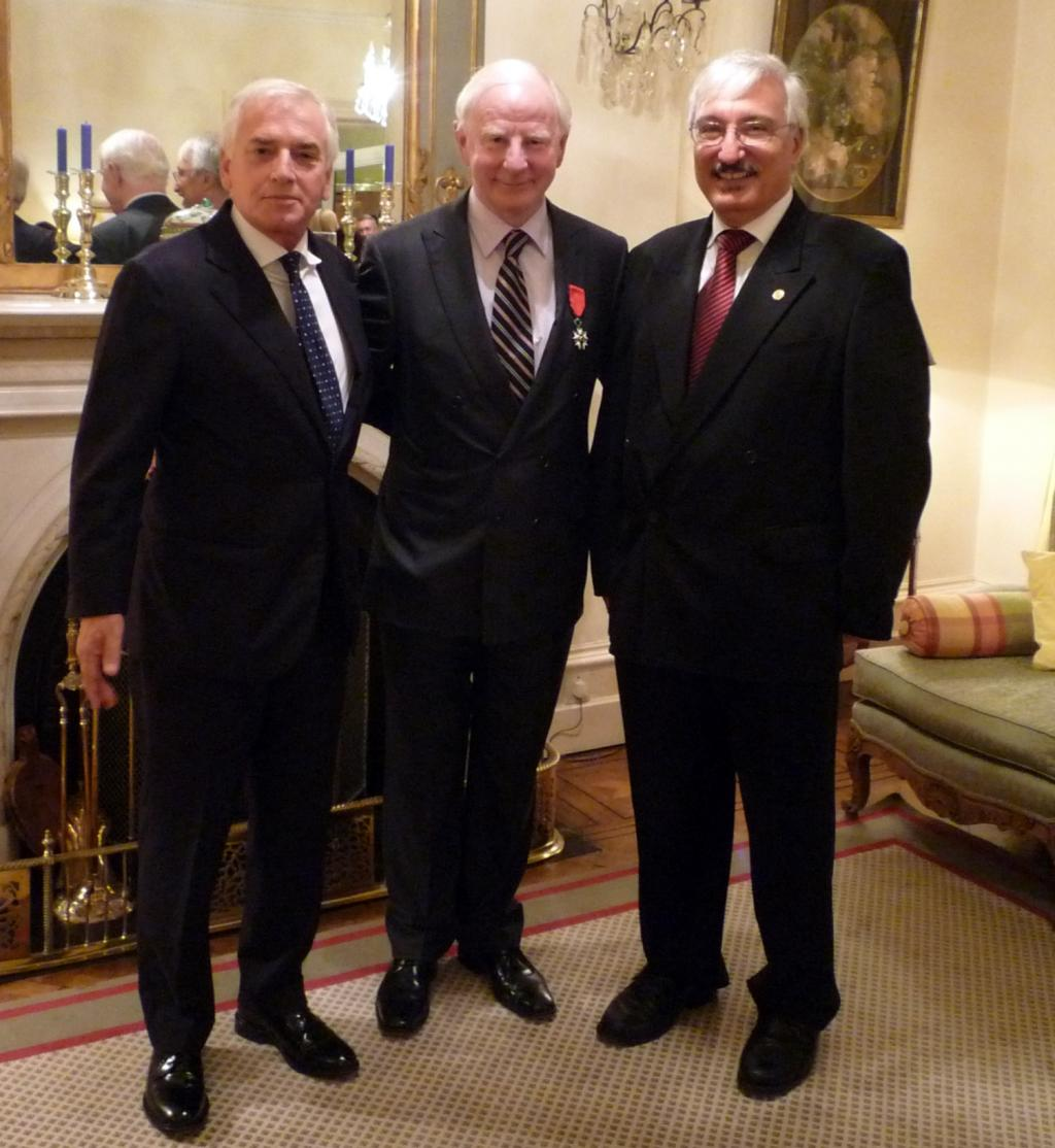 EJU Honorary member Patrick Hickey knighted for outstanding service