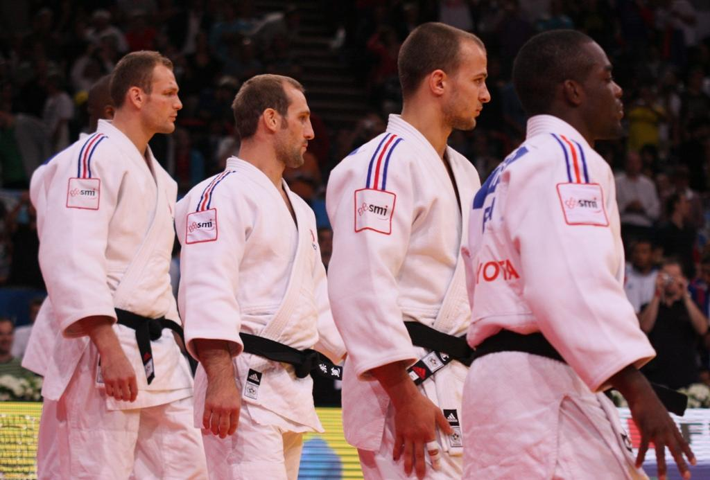 France and hosts Britain lead the way at GB World Cup