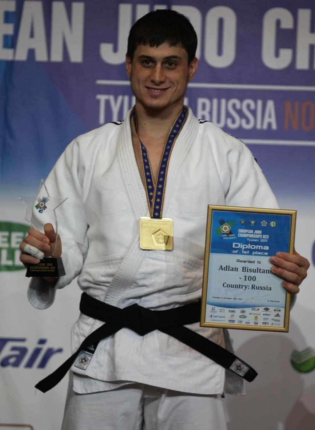 Adlan Bisultanov wins all Russian final