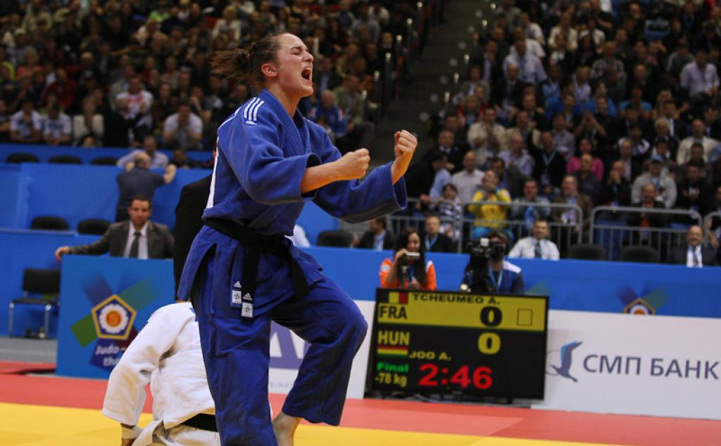Abigel Joo cheers for second European title