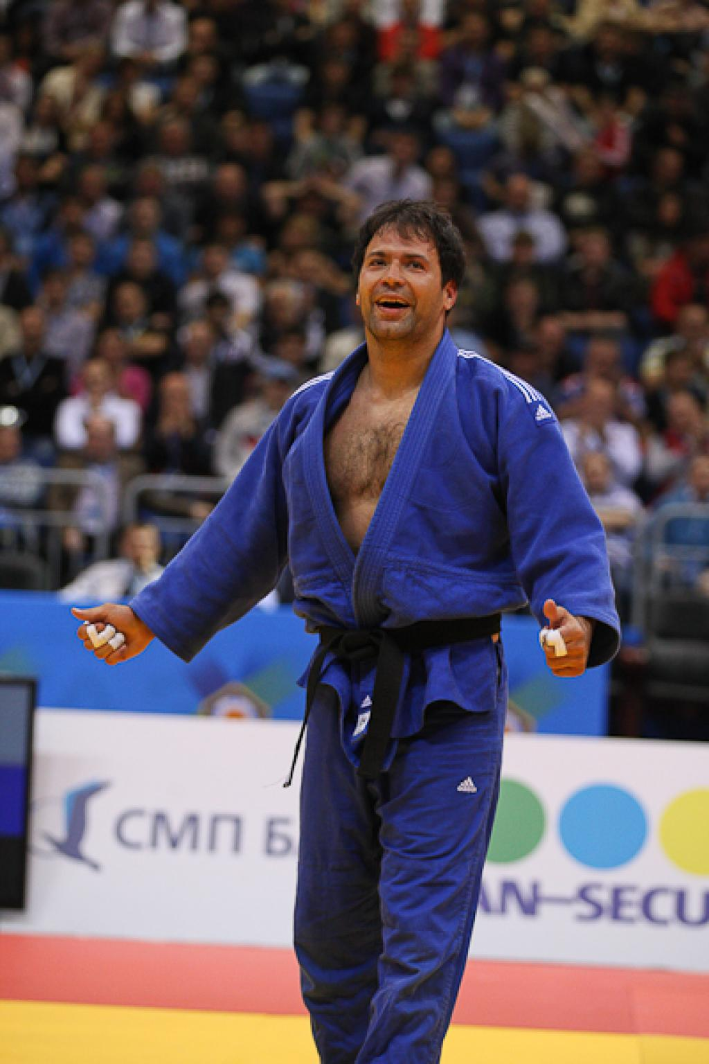 Ariel Zeevi surprises everybody with fourth European title aged 35