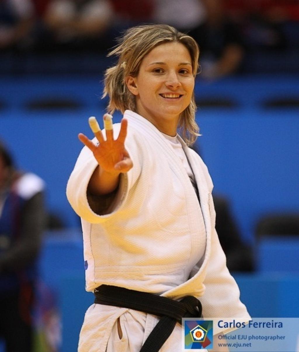 Monteiro shows who's Europe's strongest U57kg