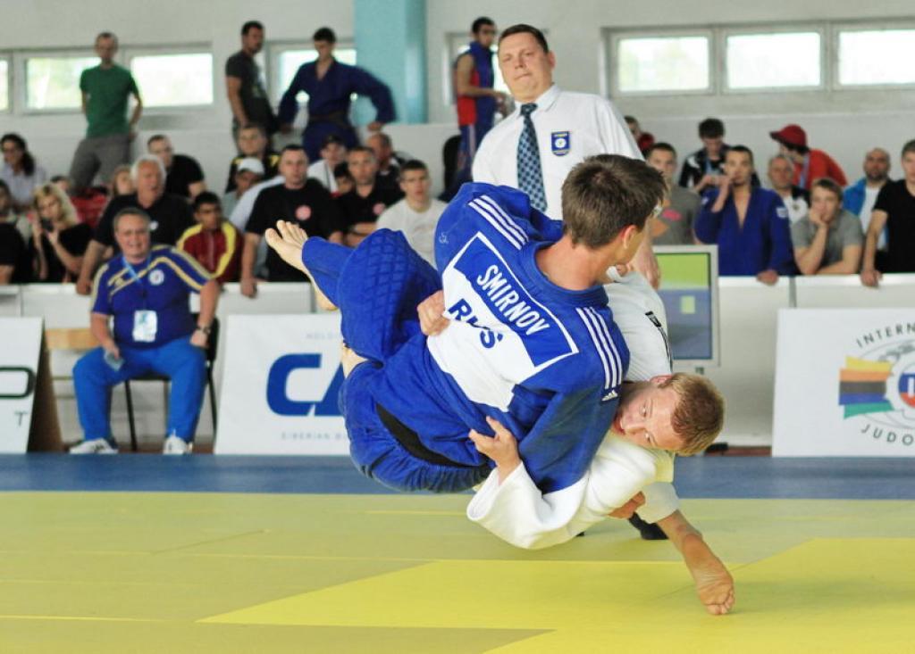 Ukraine dominates Junior European Cup in Kiev