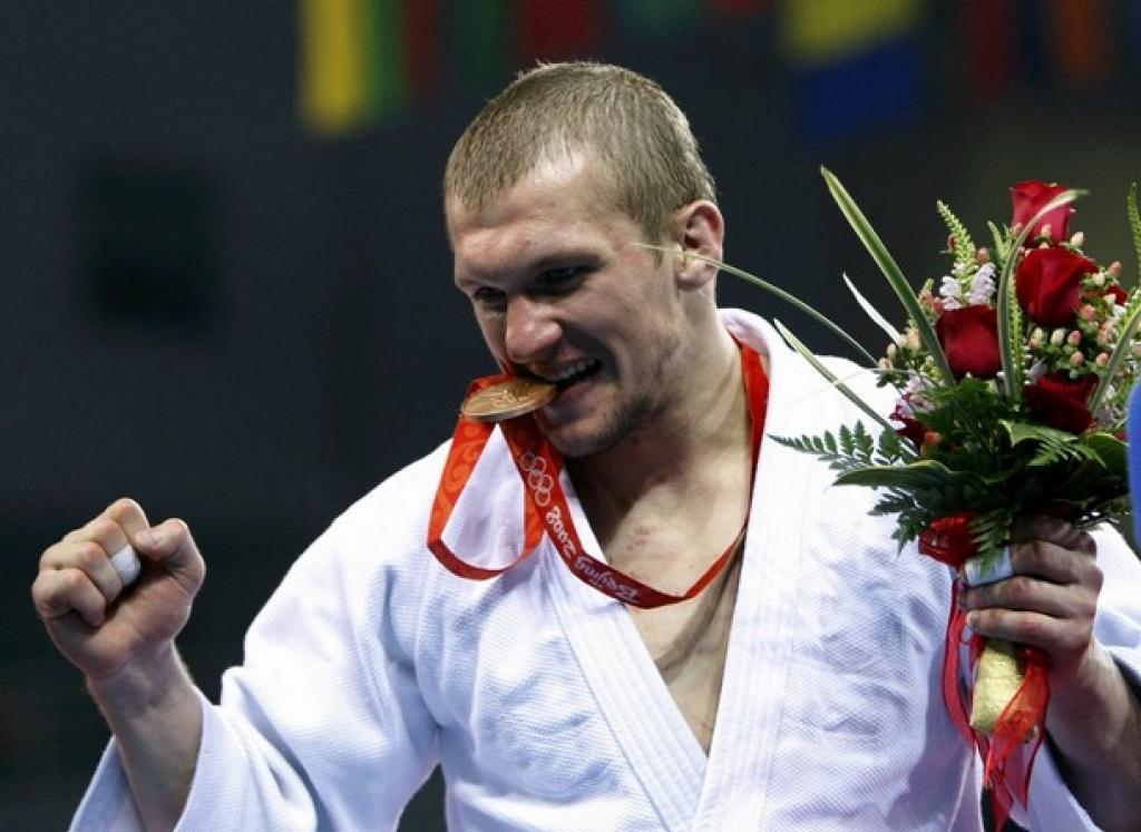 Roman Gontyuk to carry flag of the Ukraine