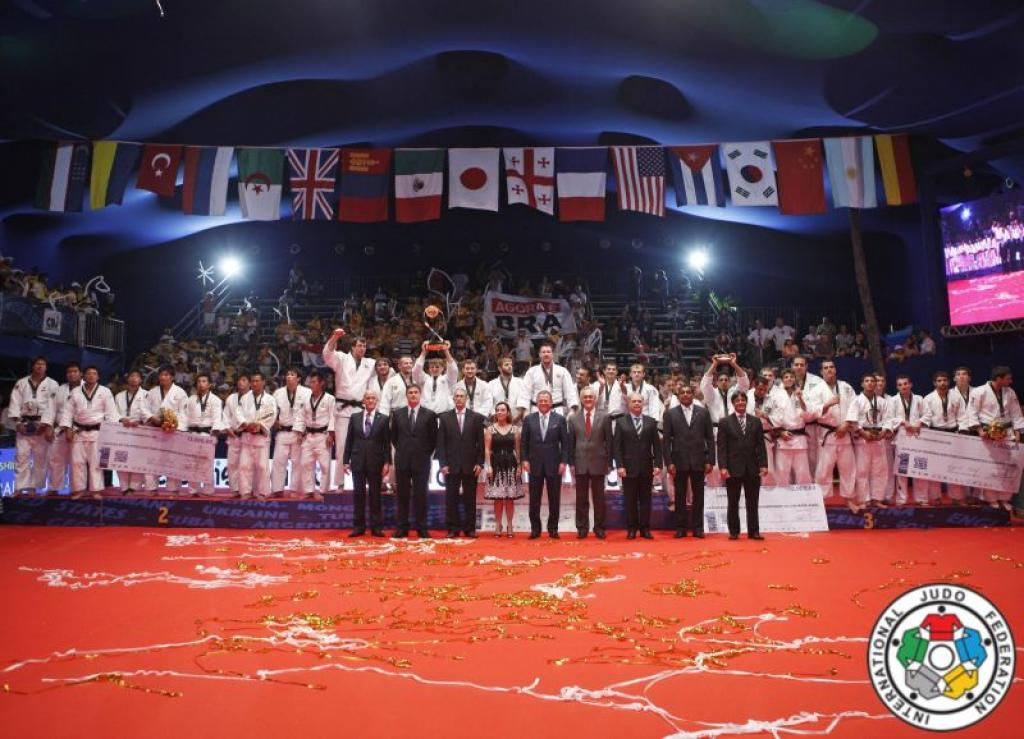 Russia takes it all in 2012; World Team Champion