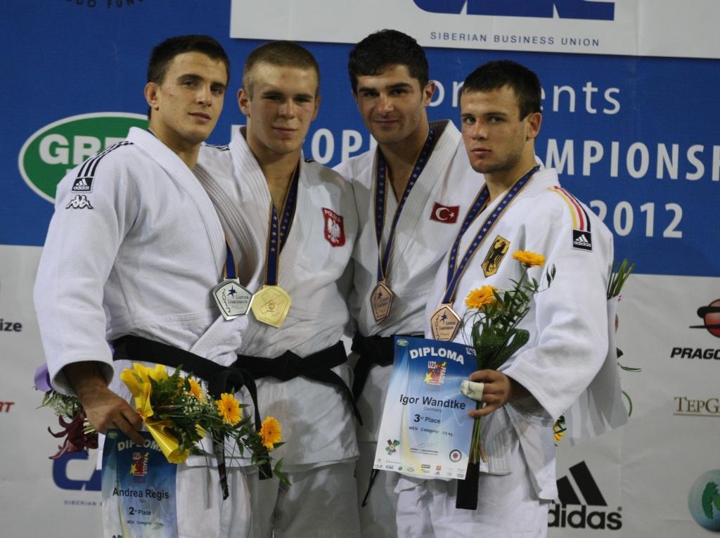 Szwarnowiecki takes the double for Poland