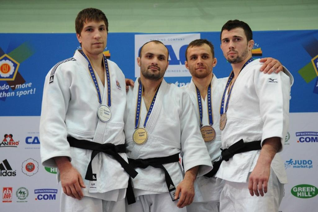 Tsiklauri grabs the gold with attractive judo