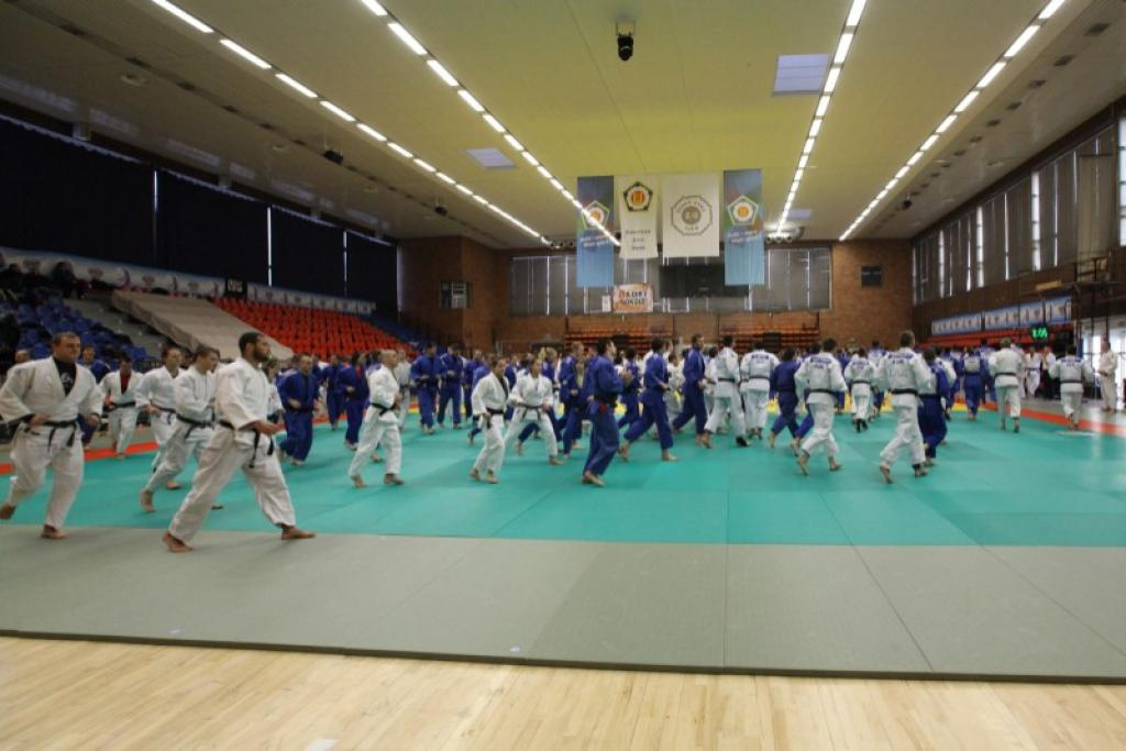 OTC Going for Gold Nymburk hosts top athletes