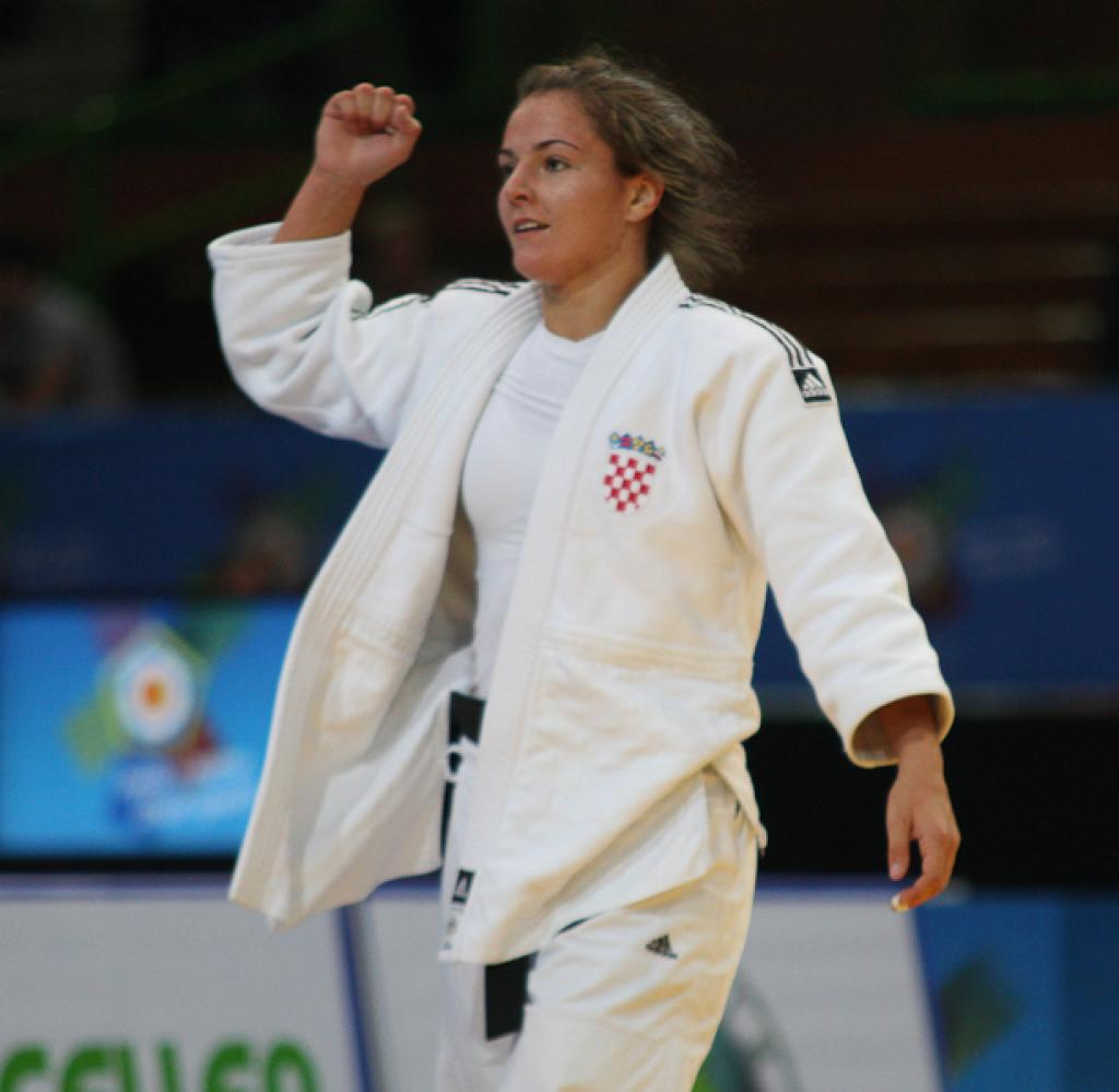 Five different nations shine with European gold in Sarajevo