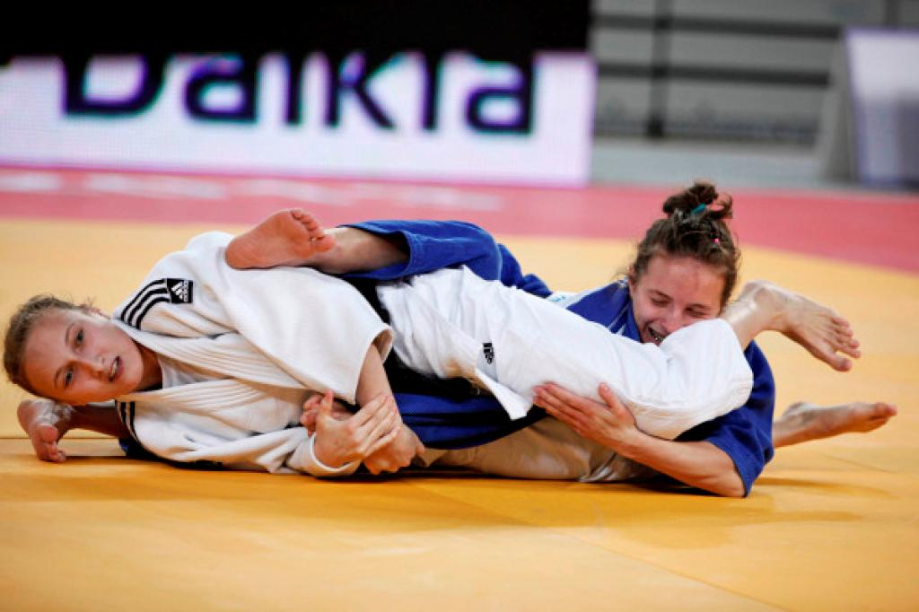 Russia and France welcome three new World Junior Champions