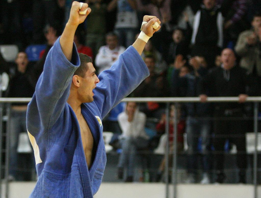 Bulgaria cherishes golden day in Samokov