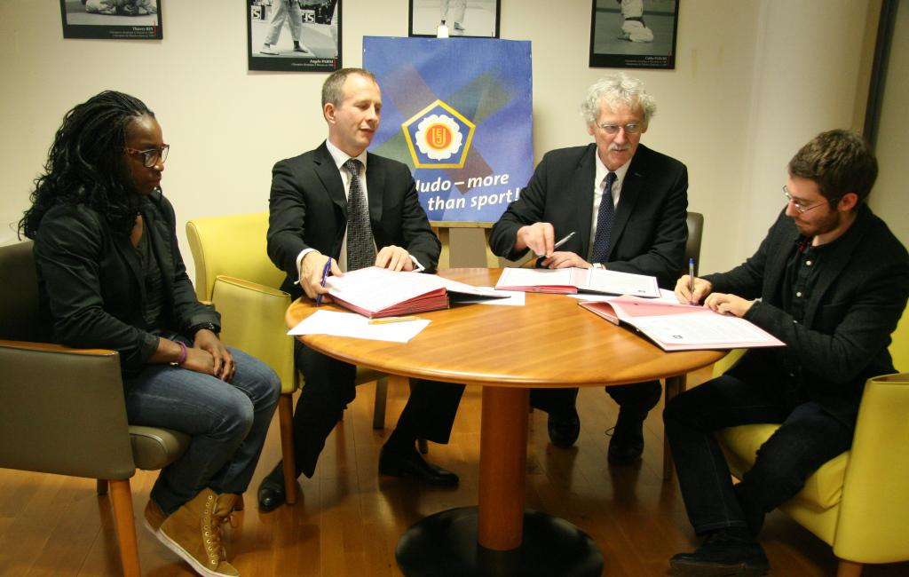 EJU and FFJDA sign cooperation with Sport Sans Frontières