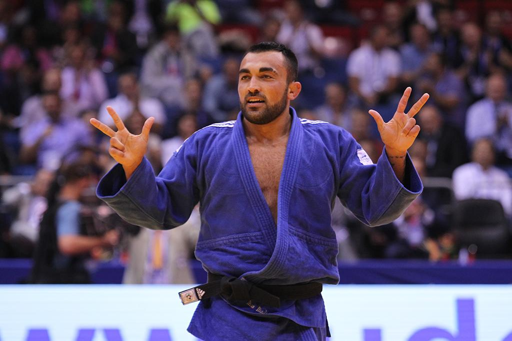 ILIADIS ON TOP OF THE WORLD AGAIN