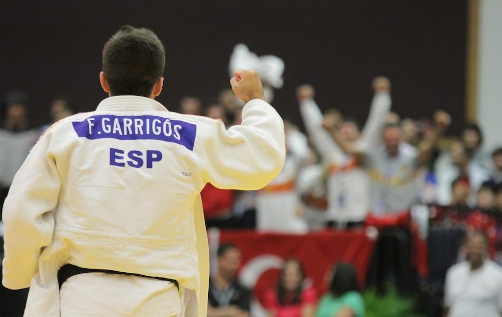 GARRIGOS SHINES AT THE WORLD JUNIOR CHAMPIONSHIPS