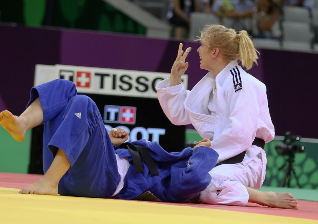 POWERFUL POLLING PROVES UNSTOPPABLE ON HER WAY TO THIRD EUROPEAN TITLE