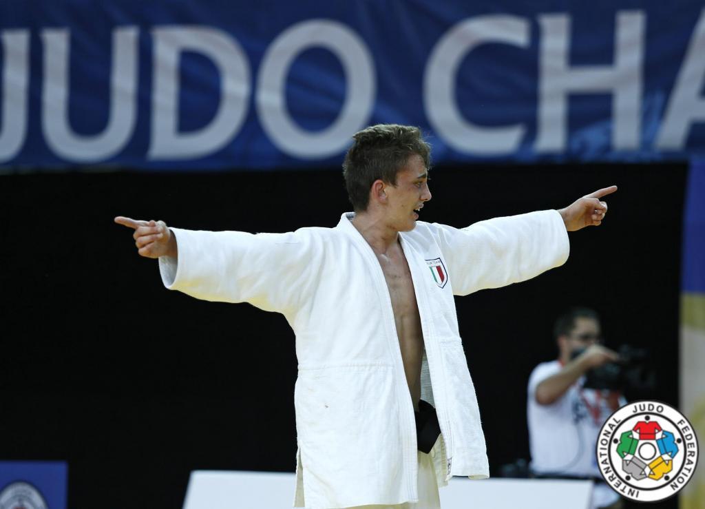 IN-FORM ESPOSITO TAKES GOLD IN SARAJEVO