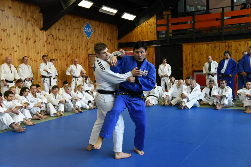 SEMINAR WITH OLYMPIC CHAMPION