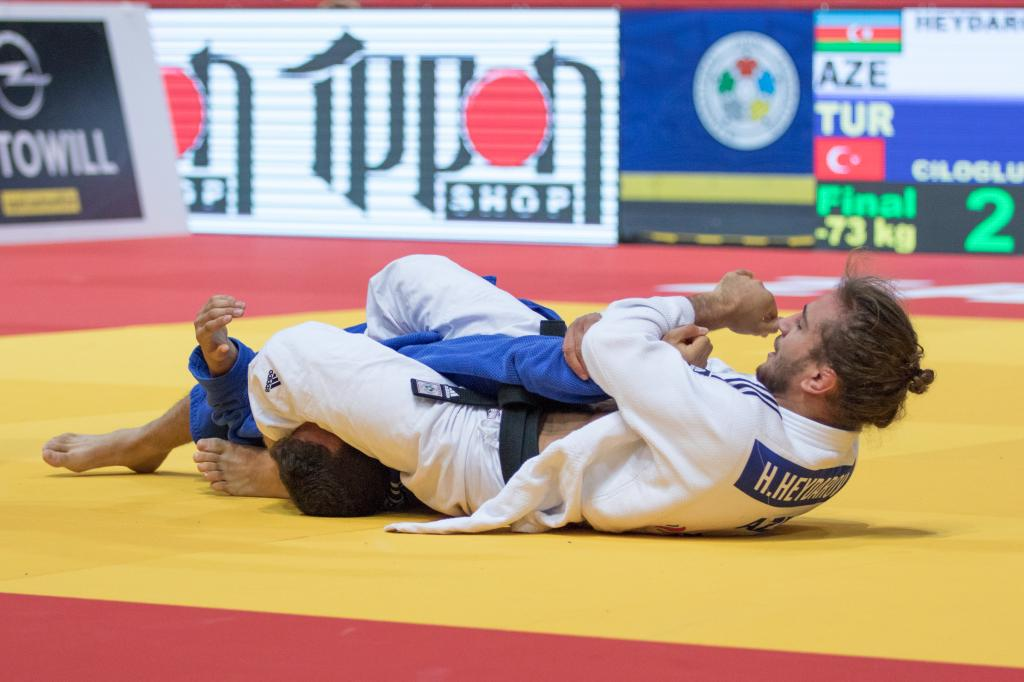 TITLE HUNGRY HEYDAROV ADDS JUNIOR WORLD GOLD TO SUCCESS LIST