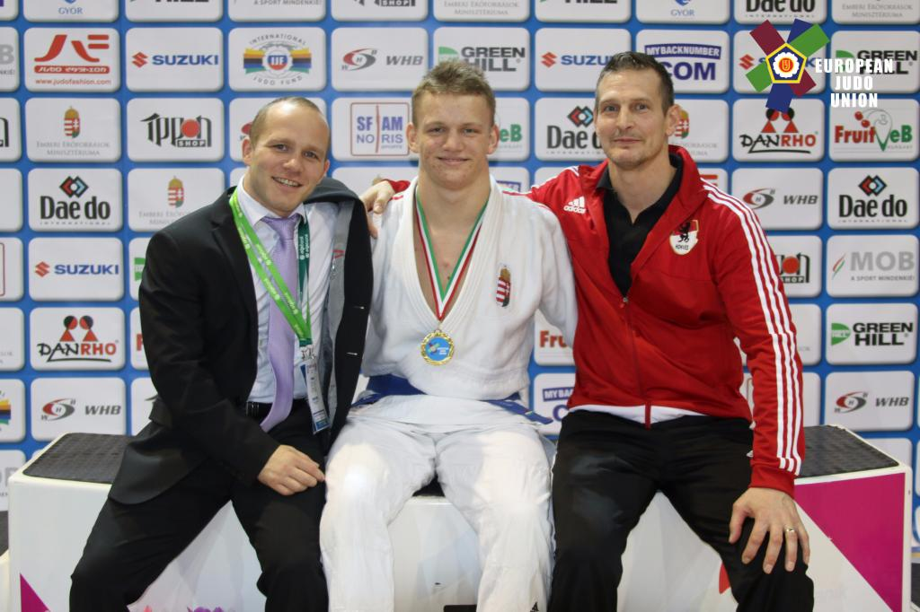 FOUR HUNGARIAN AT THE HIGHEST STEP OF THE PODIUM