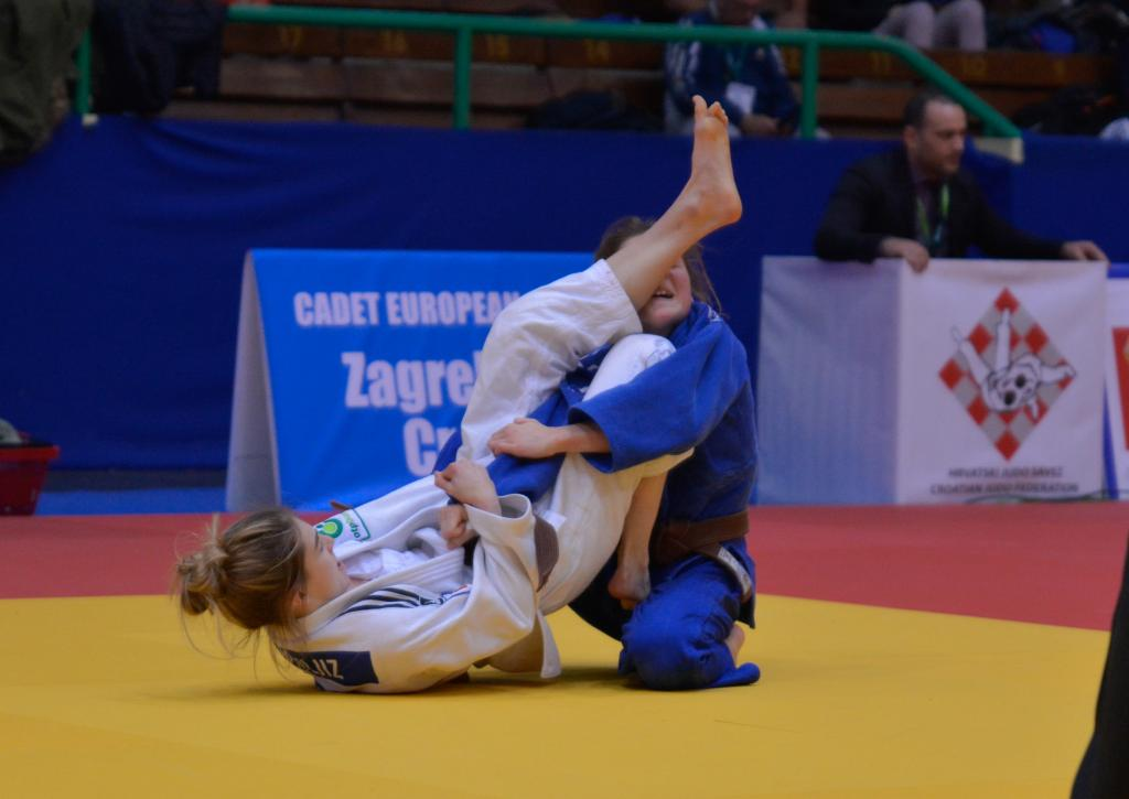 CROATIAN GIRLS SECURED THE SHOW IN ZAGREB