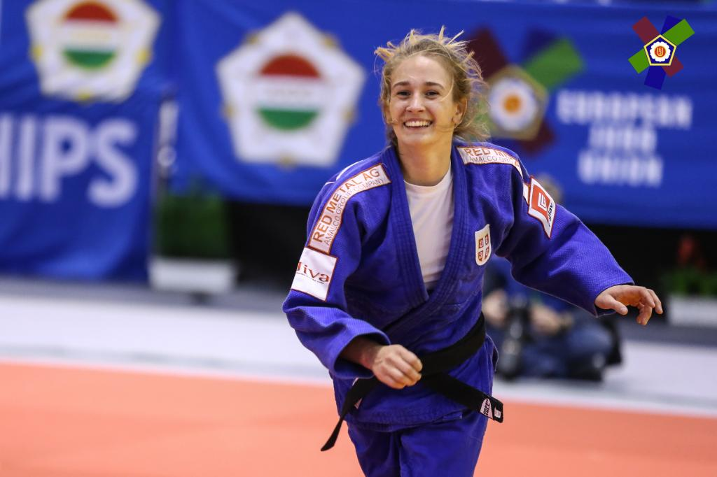 STOJADINOV TURNS SILVER INTO GOLD