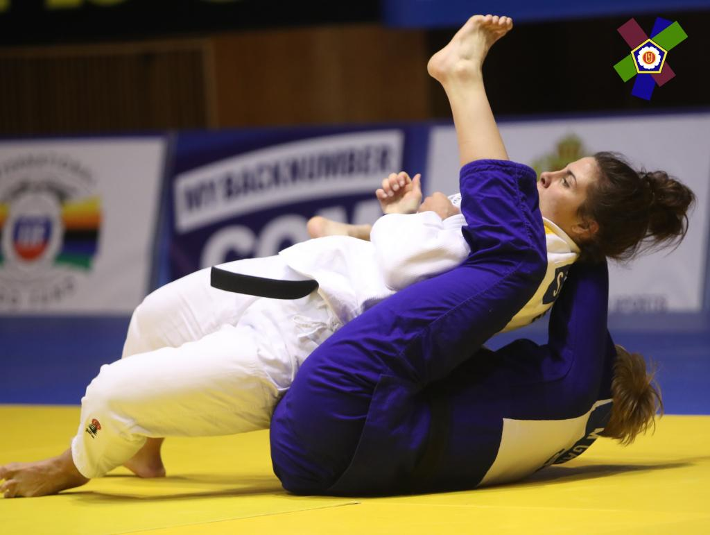 RODRIGUEZ RINGS IN THIRD CONTINENTAL OPEN TITLE