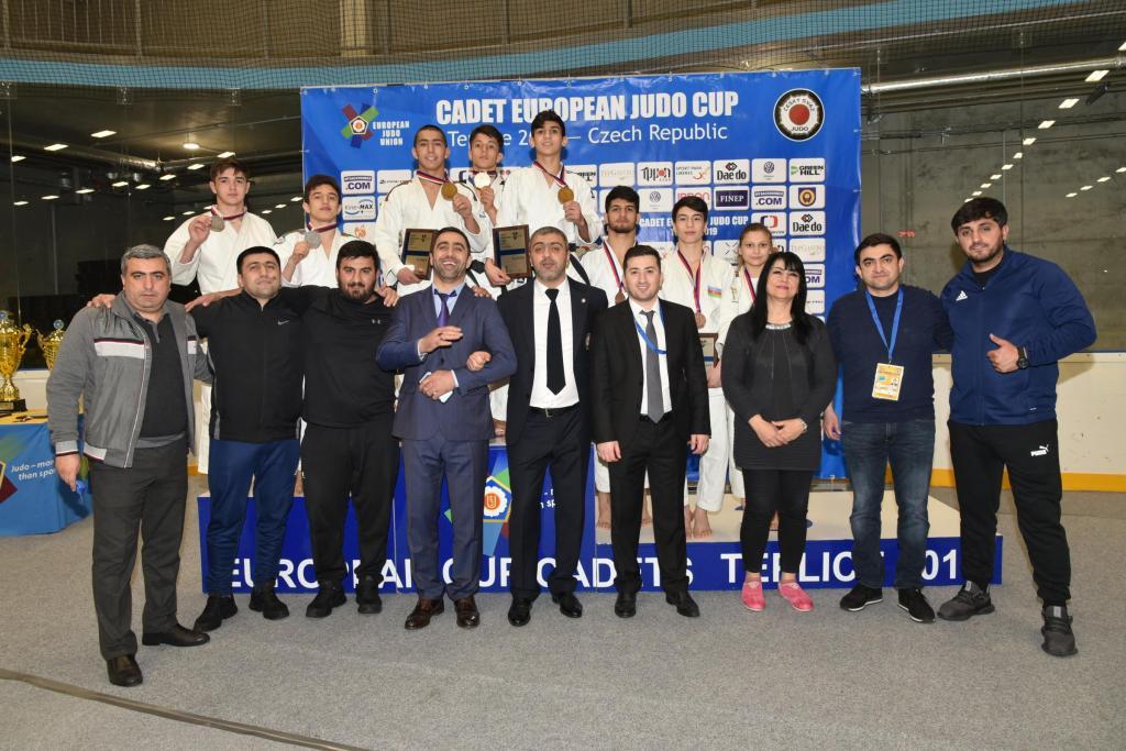 AZERBAIJAN TOP THE TABLE IN TEPLICE