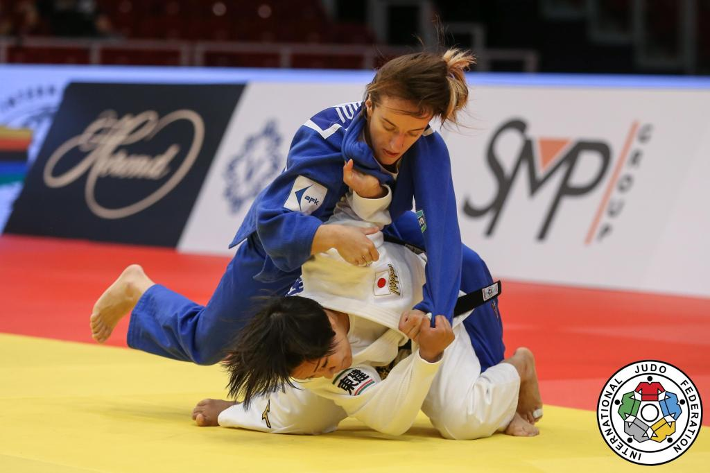 GOLD PROVES HARD TO COME BY ON OPENING DAY OF BUDAPEST GRAND PRIX