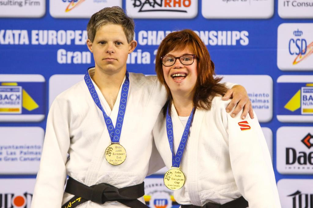 IMPRESSIVE SPECIAL NEEDS DEMONSTRATION IN KATA EUROPEAN CHAMPIONSHIPS
