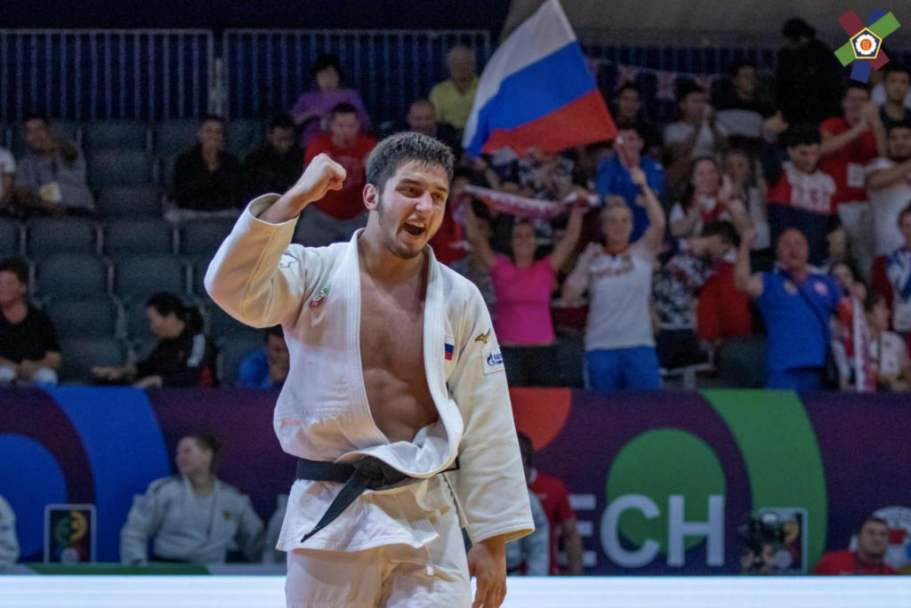 RUSSIA TAKE SILVER WIN IN THE MIXED TEAM CHAMPIONSHIPS