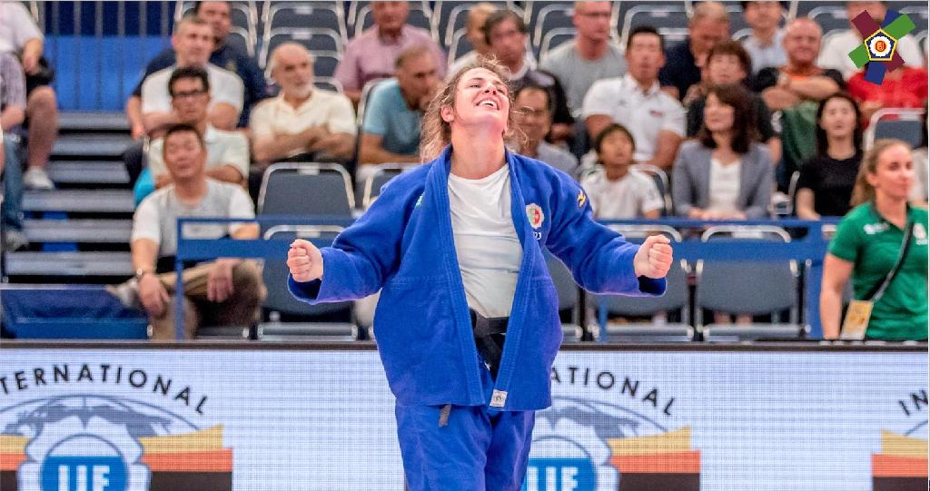 ODIVELAS SETS STAGE FOR FIRST WOMENS OPEN 2020