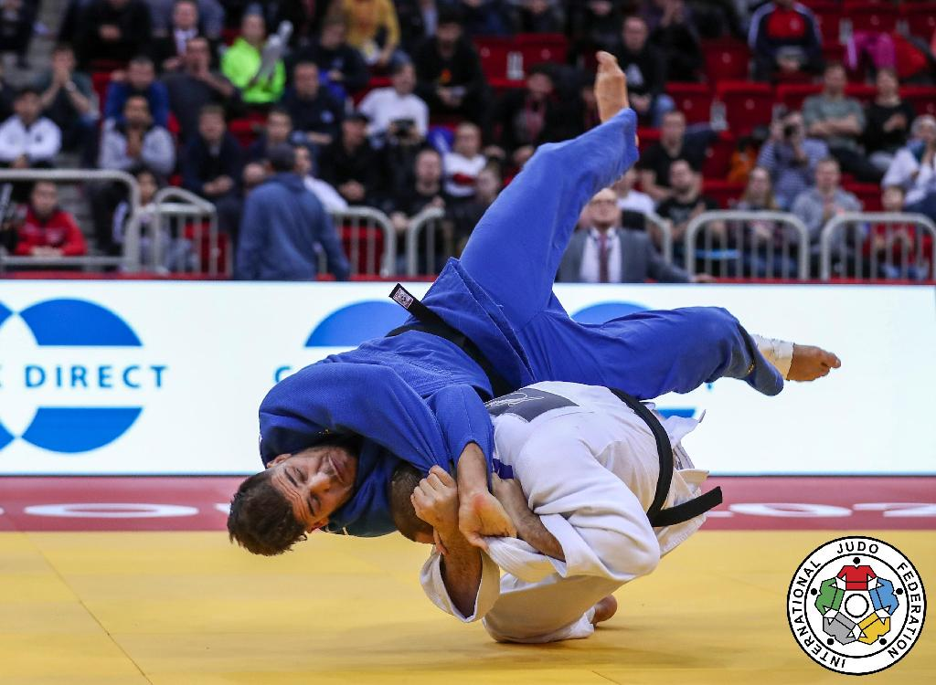 HEAVYWEIGHT LOTTERY CONTINUES AS TUSHISHVILI TAKES GOLD IN DUSSELDORF