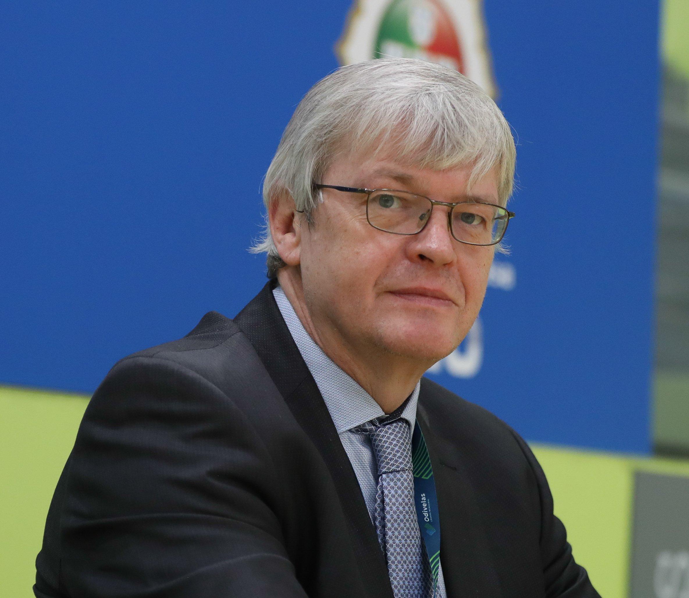 Dr. Peter Smolders