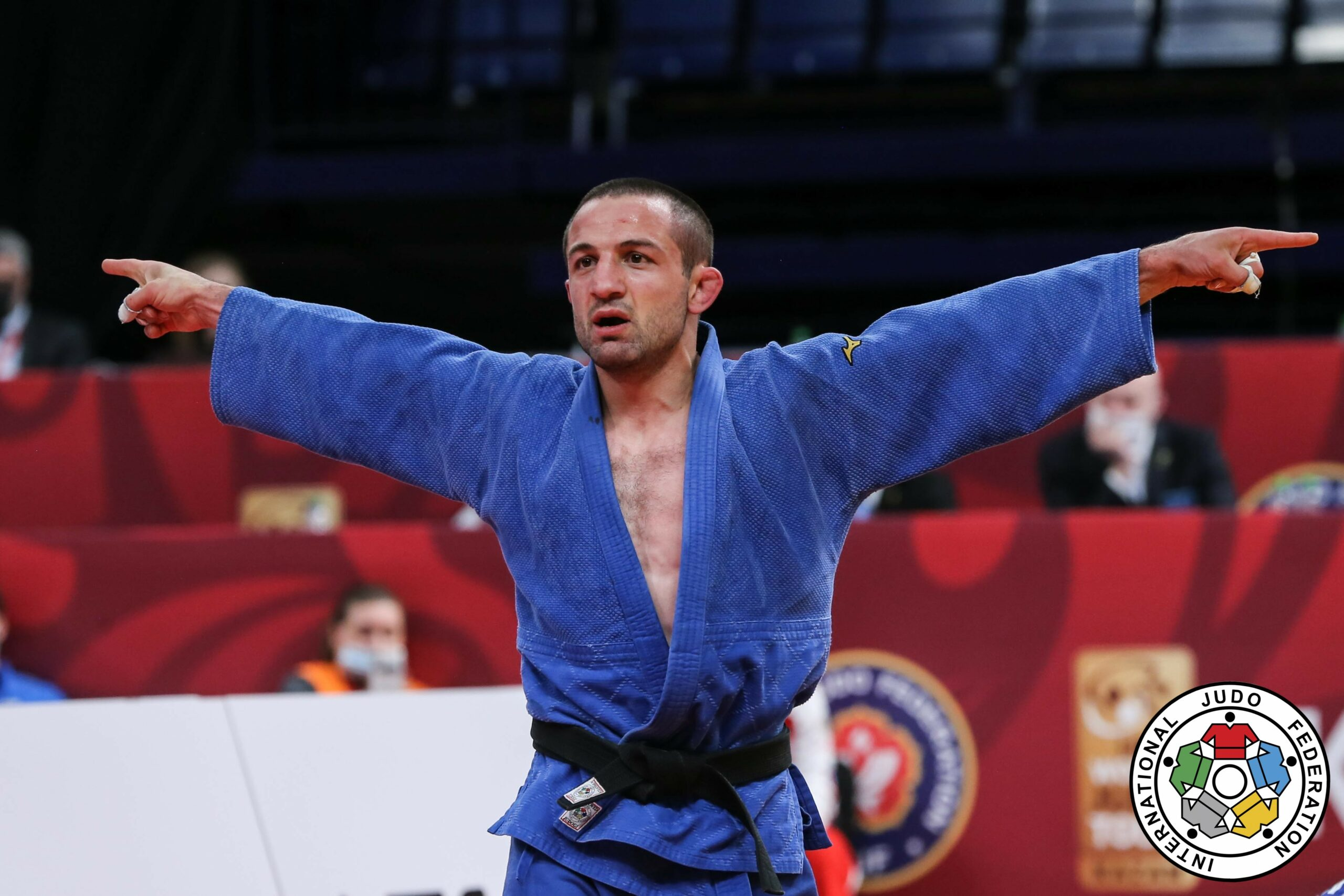 CHKHVIMIANI DISPELS DOUBTERS WITH TIMELY GOLD IN KAZAN